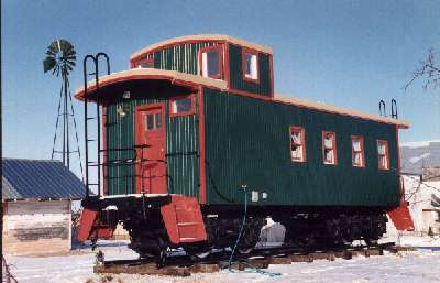 C B & Q Caboose :: Rail Merchants International, Inc